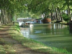 canal du midi bicycle path